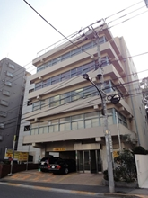 市ヶ谷田中保全ビルの外観