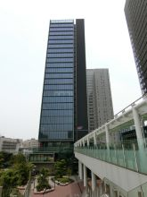 Osaki Wiz Tower Exterior