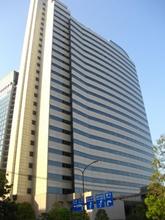 天王洲郵船ビルの外観