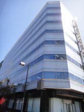 新横浜AKビルの外観