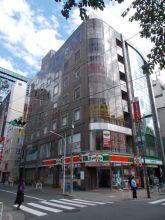 早稲田ビルの外観