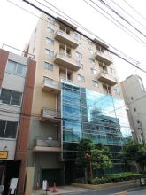 Twin View Ochanomizu Building Exterior