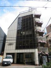 上田ビルの外観