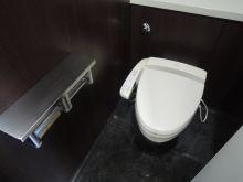 男女別個室トイレ